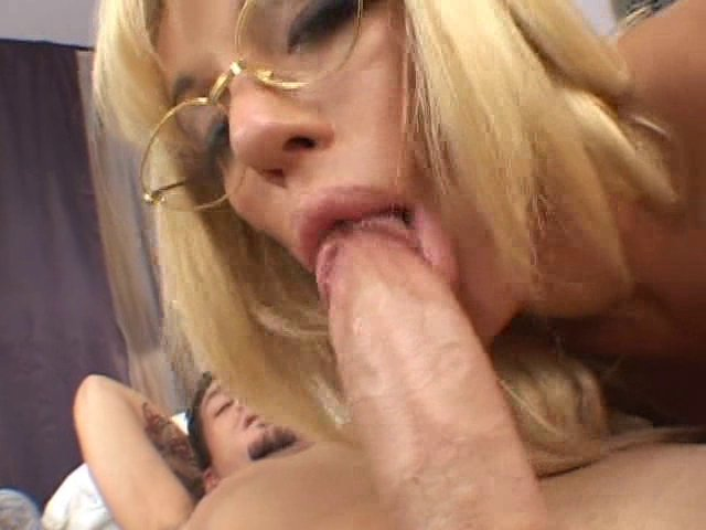 pute blonde sexy obsession coquine